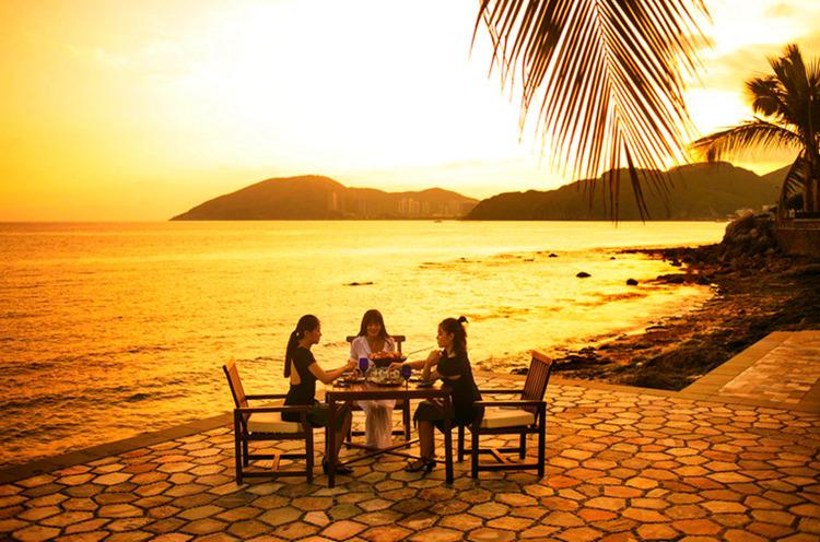 夕下享宴、海角怡情︱三亚文华东方酒店海角轩晚餐体验