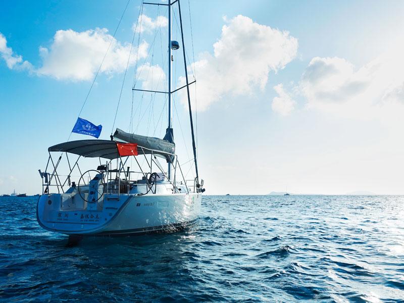 超级经典线路A | 游艇出海 +第一市场吃海鲜 + 鹿回头